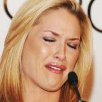 Tara Conner in tears