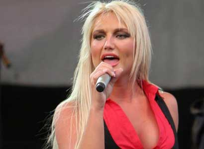 Brooke Hogan Sings 1