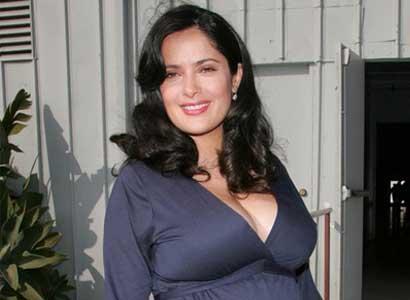 Salma Hayek pregnant 1
