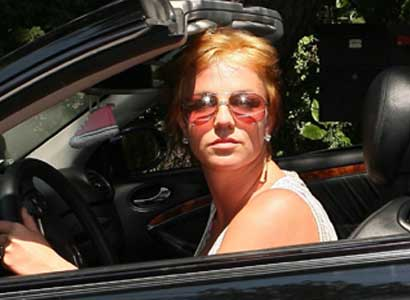 Britney Spears Without Wig 40