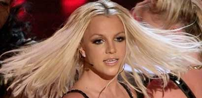 Britney Spears VMA performance