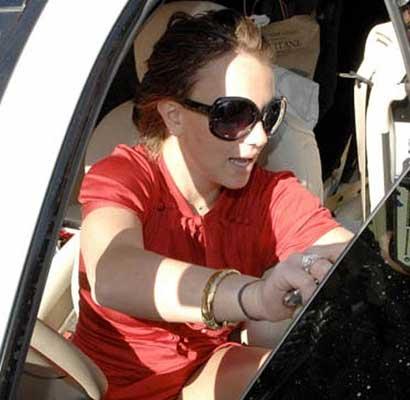 Britney Spears upskirt 2